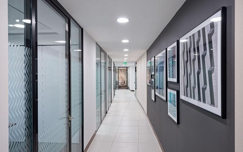 Corridor_1.jpeg
